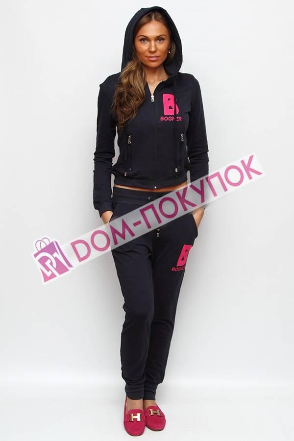 Спортивный костюм женский с капюшоном