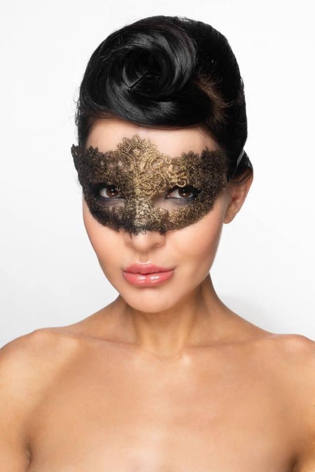 Золотистая карнавальная маска «Альциона»